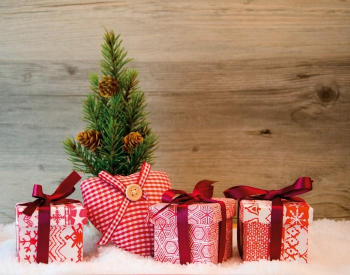 Weihnachten Advent Geschenke mit Herz