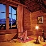 hotel_innen_tisch_kerzenlicht