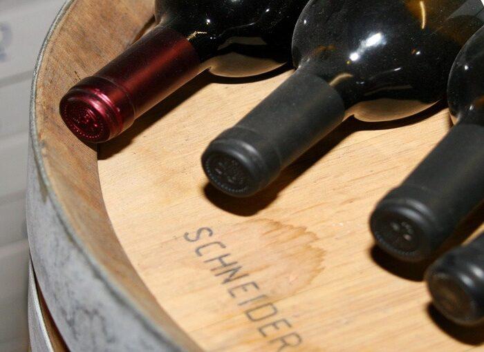 Edle Weine aus aller Welt: bestens bestückter Weinkeller im Hotel Prätschli in Arosa, Weinkarte mit 190 Positionen.